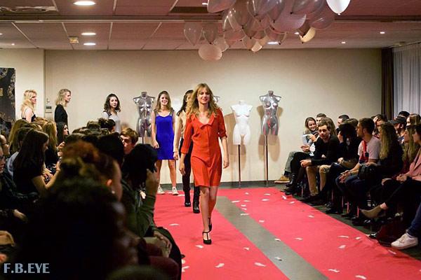 Défilé des modèles Elodie Oberlé